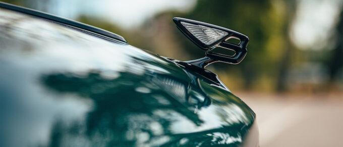 Flying Spur Hybrid - Emblem Bonnet Hood