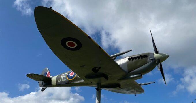 Salisbury celebrates the Secret Spitfires