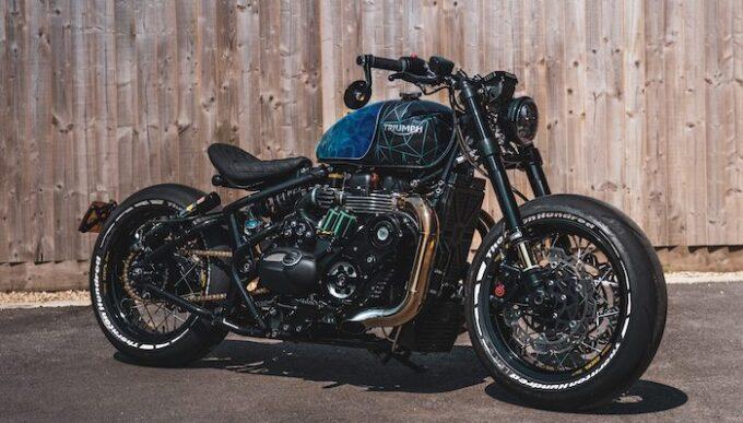 2021 Triumph Bonneville Bobber Black to be at Salon Privé