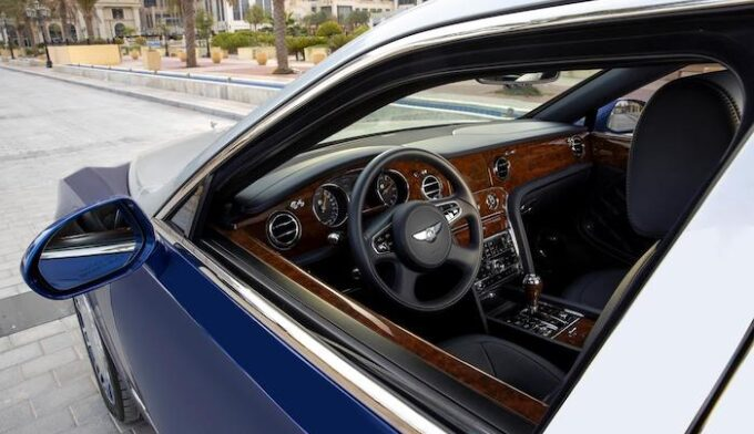 5 Examples of Bentley Mulsanne Grand Limousine by Mulliner - 02