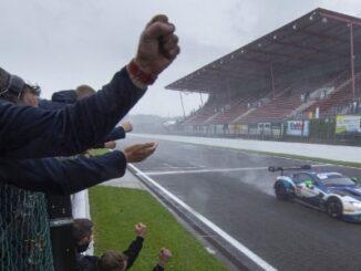 Aston Martin GT3 #95 of Garage 59 crosses the finish line