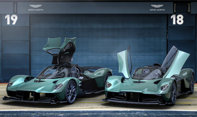 Aston Martin Valkyrie Spider - with and without roof - front 3/4 with doors open