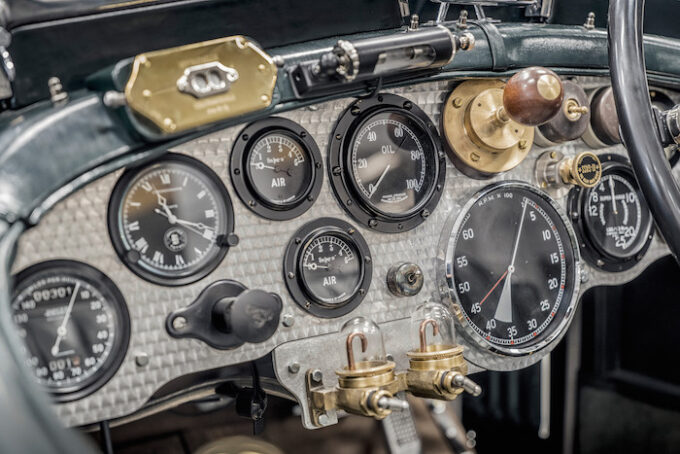 Bentley Blower Dash - Bacalar and Blower Continuation Series