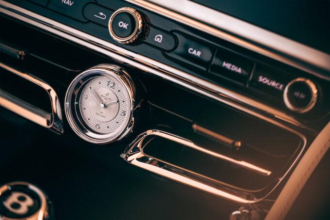 Bentley Flying Spur Mulliner - Dash Detail