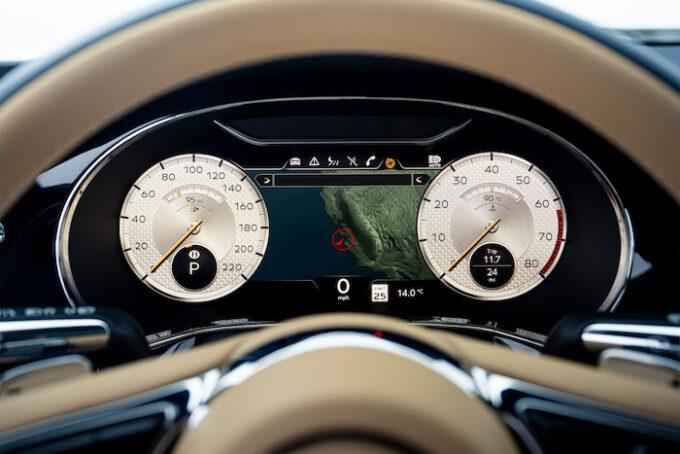 Bentley Flying Spur Mulliner - Dash and Gauges