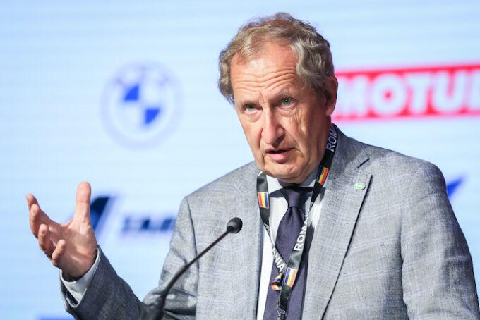FIVA Says Global Skills Shortage Threatens Future of Historic Vehicles - Tiddo Bresters