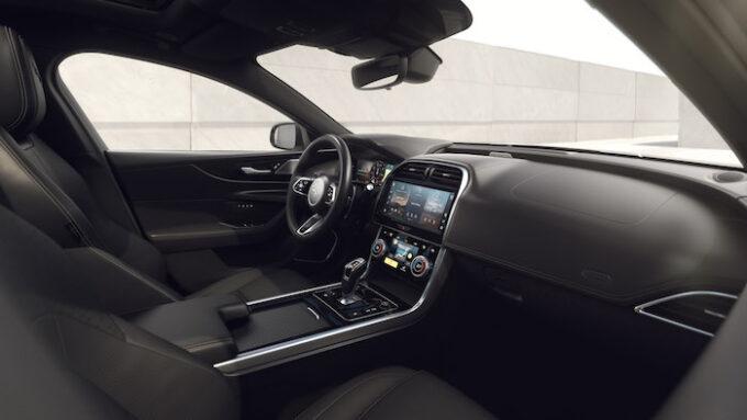 Jag XE 22MY 04 Ebony Interior 250821