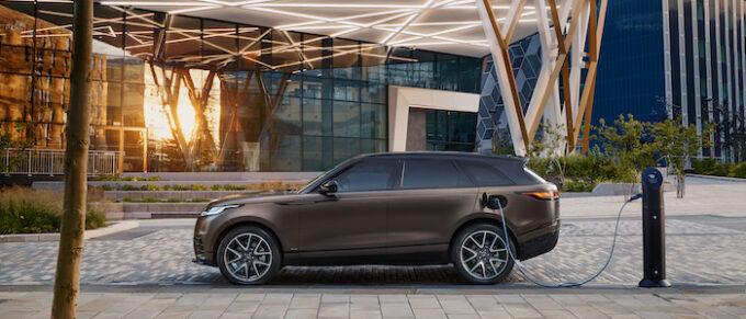 Ranger Rover Velar for 2022 Bespoke Tourmaline Brown Exterior 01